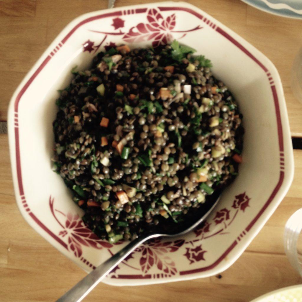 Venez découvrir LA salade de lentilles qui fait le succès de Ravigote !  Ravigote, cuisine simple, savoureuse et authentique !